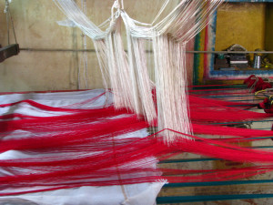 Silk_Sari_Weaving_at_Kanchipuram,_Tamil_Nadu